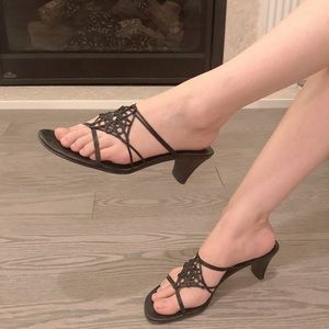Vintage A.Marinelli black leather strappy sandals